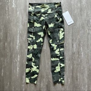 """Lululemon Fast and Free HR Tight 25"""" Camo"""